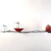 rotes Boot mit Haus